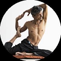Yogaundervisning af Sri Lankansk yogi