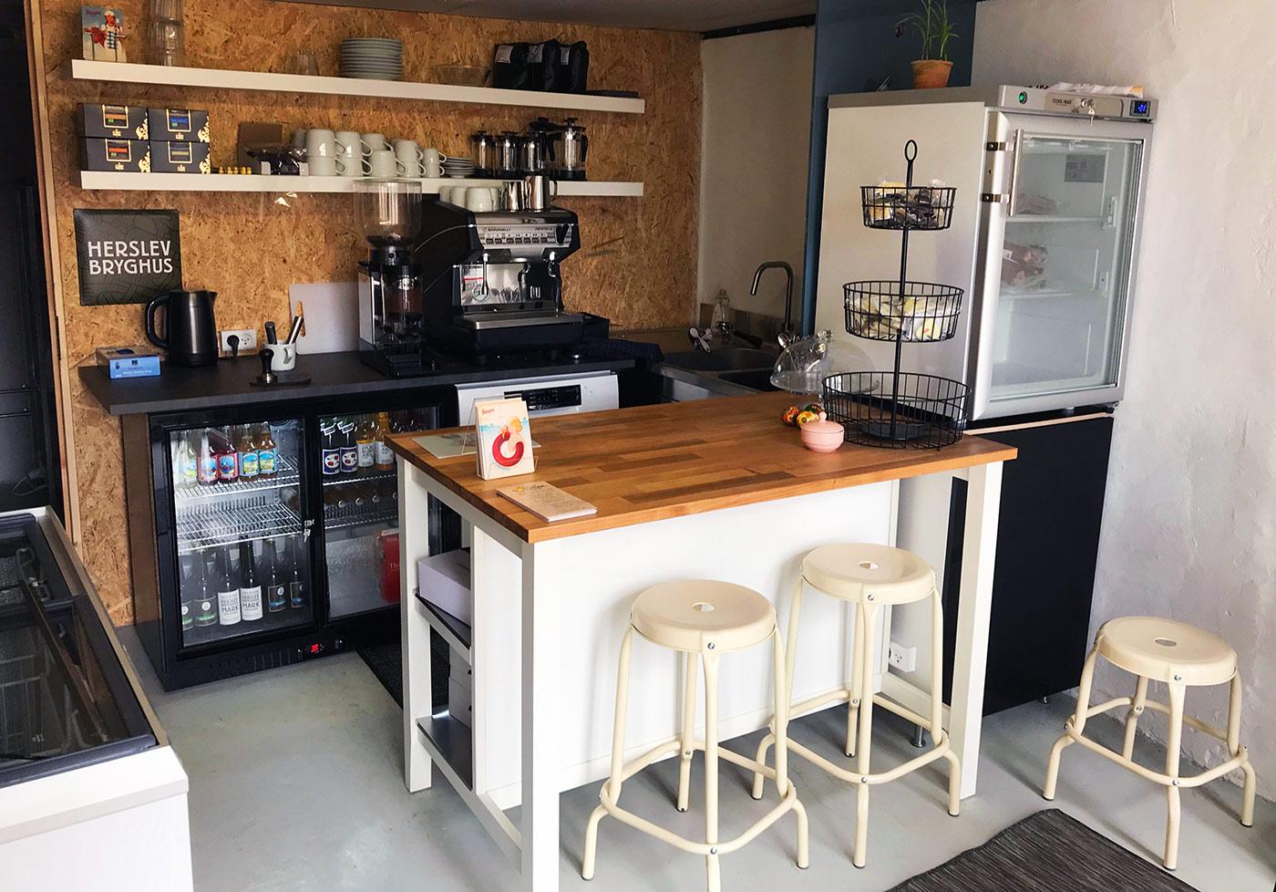 Gårdbutik & café